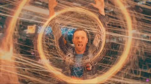 Coldplay presentó el clip oficial de Higher Power