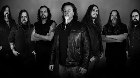 Armored Dawn presenta Stronger Together
