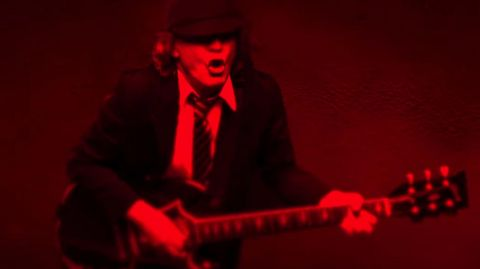 AC/DC estrenó video para Shot In The Dark