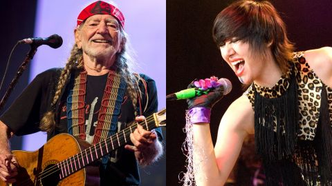 Willie Nelson y Karen O versionaron Under Pressure