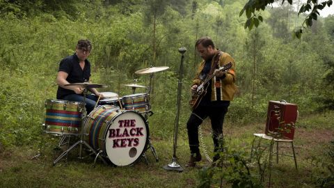 Black Keys lanza un disco de covers
