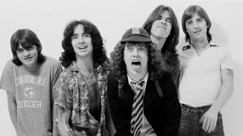 Angus Young aclaró qué papel jugó Bon Scott en Back In Black