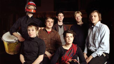 Arcade Fire festeja los diez años de The Suburbs
