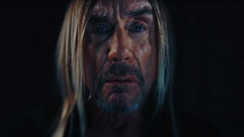 Iggy Pop recita un poema en su nuevo video