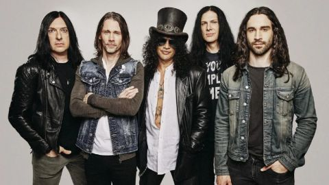Slash presentó tema y anunció disco